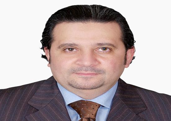 د. خالد عبد الرحمن يقدم ورقة علمية في مؤتمر المجلس العالمي للعيون