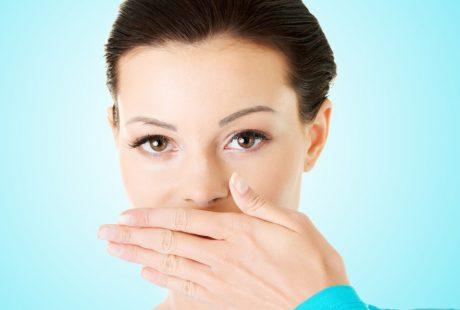 تعرف على أهم أسباب رائحة الفم الكريهة وكيفية التخلص منها