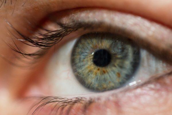 هل يؤدي انفصال الشبكية الجزئي للعمى؟